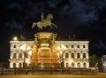 Monument of piter first medniy horseman in saint petersburg n illuminated night dark time Stock Photography