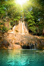 Mooie waterval in bos Royalty-vrije Stock Foto