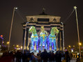 Moscow triumphal arch and electric horses russia january sculptures of of carriage for santa claus near on kutuzovskiy prospect Stock Photos
