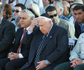 Moshe katsav and ariel sharon president prime minister attend a memorial ceremony at r nmount herzl cemetery in jerusalem on july Stock Photography