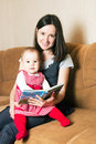 Mother reading to daughter Royalty Free Stock Photography