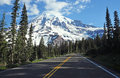 Mount rainier national park washington state usa the road into Stock Images
