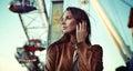 Mujer de Ellegant en Luna Park Imagen de archivo libre de regalías