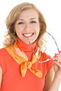 Mulher loura nova com vidros à disposicão Imagem de Stock Royalty Free