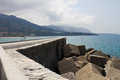 Mur par la mer Images stock