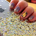 Picture : Nail polish on