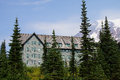 National Park Lodge at Patradise with Mt. Rainier Royalty Free Stock Photo