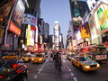 New York Broadway alla notte Fotografie Stock