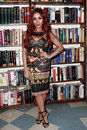 Nicole snooki polizzi huntington ny jan reality tv star signs her book baby bumps from party girl to proud mama and all the messy Stock Photos