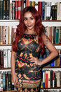 Nicole snooki polizzi huntington ny jan reality tv star signs her book baby bumps from party girl to proud mama and all the messy Royalty Free Stock Images
