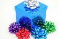 Niebieski ugną prezent Obrazy Royalty Free