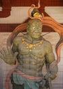 (rey) en templo en