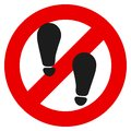 No foot step prohibition sign vector illustration