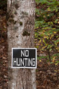 No hunting sign on tree Royalty Free Stock Photos