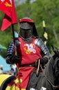 马背中世纪的骑士 免版税库存照片