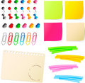 Note papers  with pins and paper clip Royalty Free Stock Photo