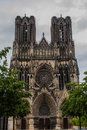 Notre dame de reims a frontal shot of the historic cathedral in france Stock Photos