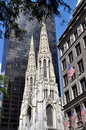 NYC : Cathédrale de rue Patrick Photos stock