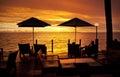 Oceán západ slnka dovolenka fidži dáždnik stoličky