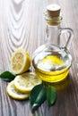 Olivenöl und Zitrone Stockbild