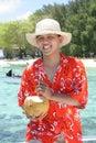 Onthaal aan tropisch strand Stock Foto's