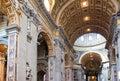 Opinião de Italy.Rome.Vatican.St Peter s Basilica.Indoor Imagens de Stock