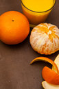Oranges et jus d orange Images libres de droits