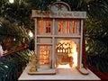 Ornamento tallado de madera de la casa Imágenes de archivo libres de regalías
