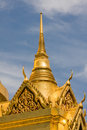 Pagoda d'or dans la zone grande de palais à Bangkok, Photos stock