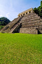 Palenque maya tempel ruins in the jungle of Stock Images