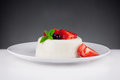 Panna cotta dessert with strawberries Stockfotos
