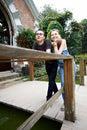 Para spacer szczęśliwy parkowy Fotografia Stock