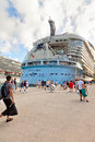 Passengers Return to the Oasis of the Seas Royalty Free Stock Photography