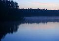 Paysage de brouillard de lac morning Photo libre de droits