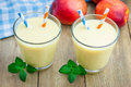 Peach, yogurt and honey smoothie Royalty Free Stock Photo