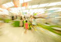 People shopping in the supermarket the fuzzy movement movement。 Stock Images