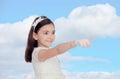 Petite fille adorable habillée dans la communion Photo libre de droits
