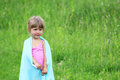 Petite fille sur la nature Photo stock