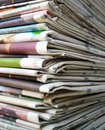 Photo pile newspapers close up Royalty Free Stock Photography