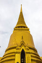 Phra siratana chedi goldplated on the upper terrace of the grand palace in bangkok is the eyecatcher of bangkok s main historical Royalty Free Stock Photos