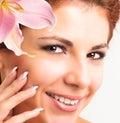 Piękne dziewczyny young skóry opieki face Fotografia Stock