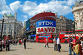 Picadilly cirkus i London Arkivbilder