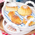 Pie in ceramic bowl at the fair Royalty Free Stock Photography