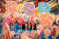 Pirulitos coloridos misturados Imagens de Stock