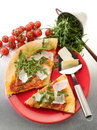 Pizza with arugula and parmesan Royalty Free Stock Images