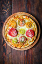Pizza with tometoes and cheese Royalty Free Stock Photo