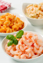 Plain and seasoned shrimps bowls of Stock Photos