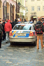 Polizeiwagenpatrouille in prag stadt Stockfotos
