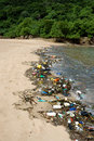 Pollution en plastique en mer Images stock