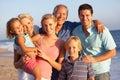De tres familia en playa